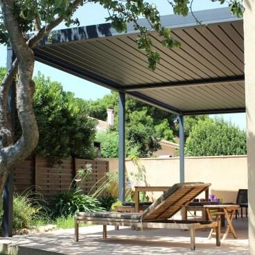 Pergola bioclimatique sur mesure Design en aluminium - Pergolas Bioclimatiques, Stores Bannes et Volets sur mesure