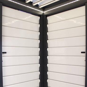 Claustra brise soleil orientable en aluminium