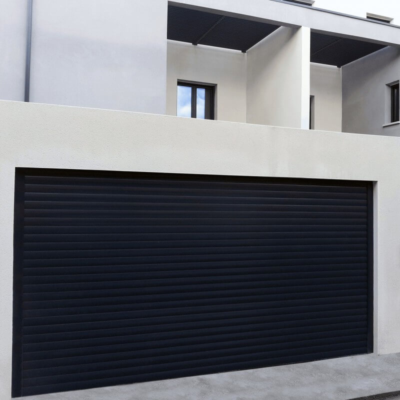 Porte de garage enroulable en aluminium sur mesure et for Porte de garage 2 battants sur mesure