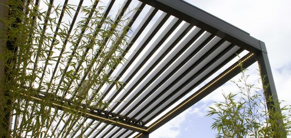 Pergola bioclimatique Lounge sur mesure