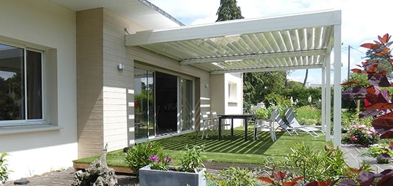 Pergola bioclimatique Architect blanche